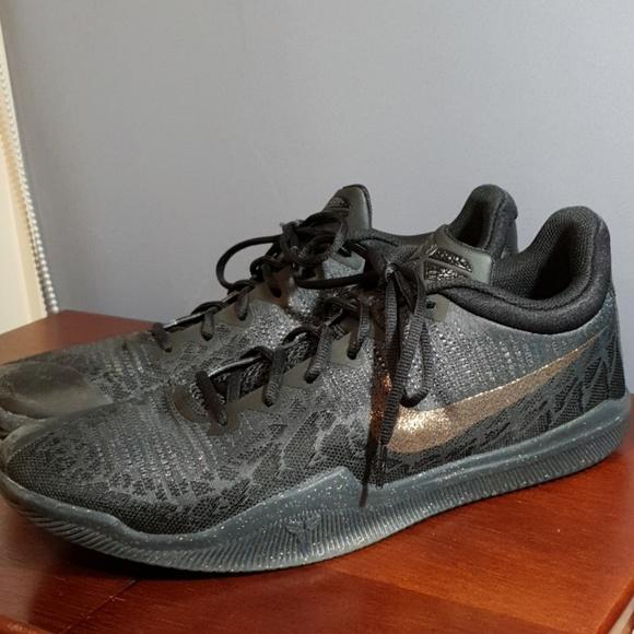 Nike Kobe Mamba Rage Triple Black Gold
